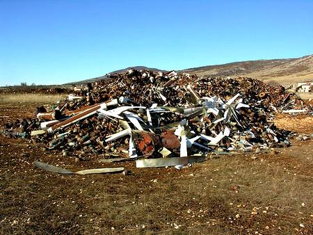 pollution du sol par les rejets industriels