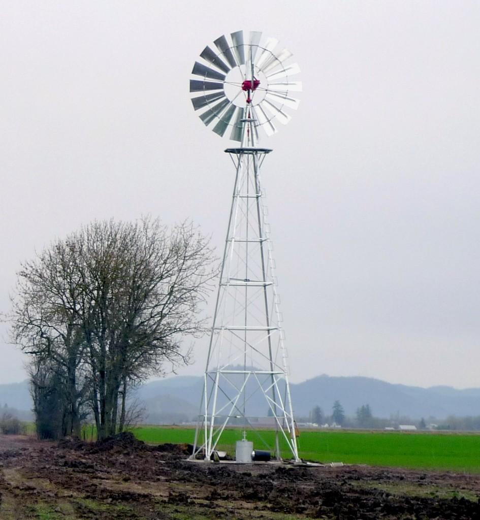 Pomper de l'eau avec une Éolienne