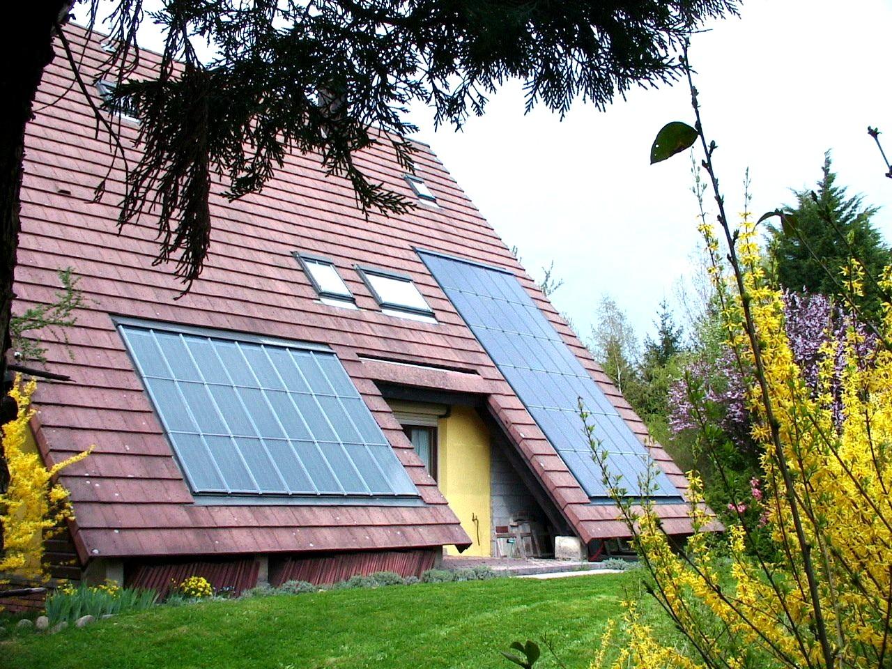 avant d 39 acheter un panneau solaire conomie solidaire. Black Bedroom Furniture Sets. Home Design Ideas