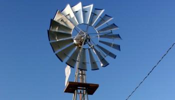 Système d'Éolienne de Pompage